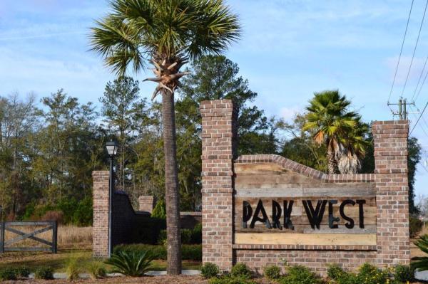 Park-West-Ent-sign